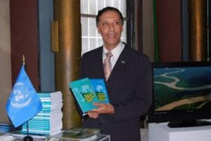 """Lançamento do livro """"O Grito da Amazônia Sustentável na ONU, em julho de 2008"""
