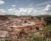 Vista do distrito de Bento Rodrigues, que foi completamente destruído pela força do mar de lama.