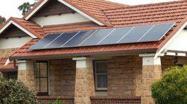 Placas de captação de energia solar. Crédito: Creative commons/Michael Coghlan